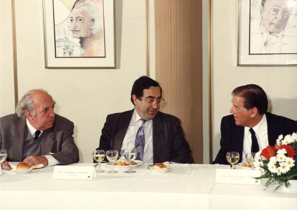 [Acte de La Caixa amb Josep Vilarasau, Joaquim Nadal i el Dr. Palol (15/02/1990)]